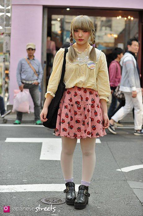 130310-9390 - Japanese street fashion in Harajuku, Tokyo