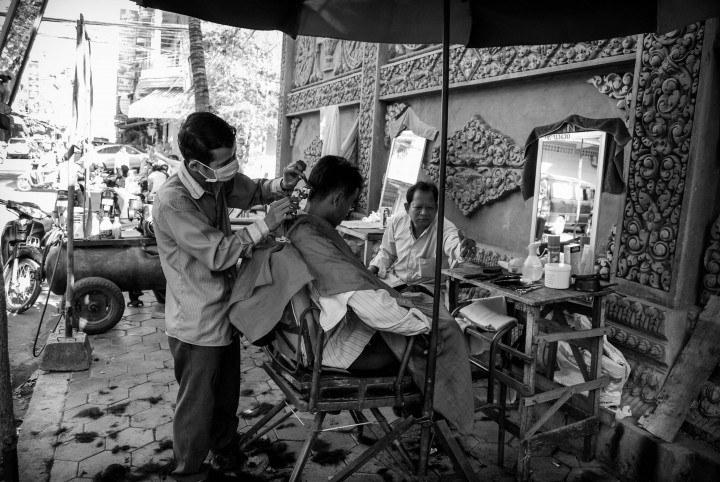 Streetside Haircut