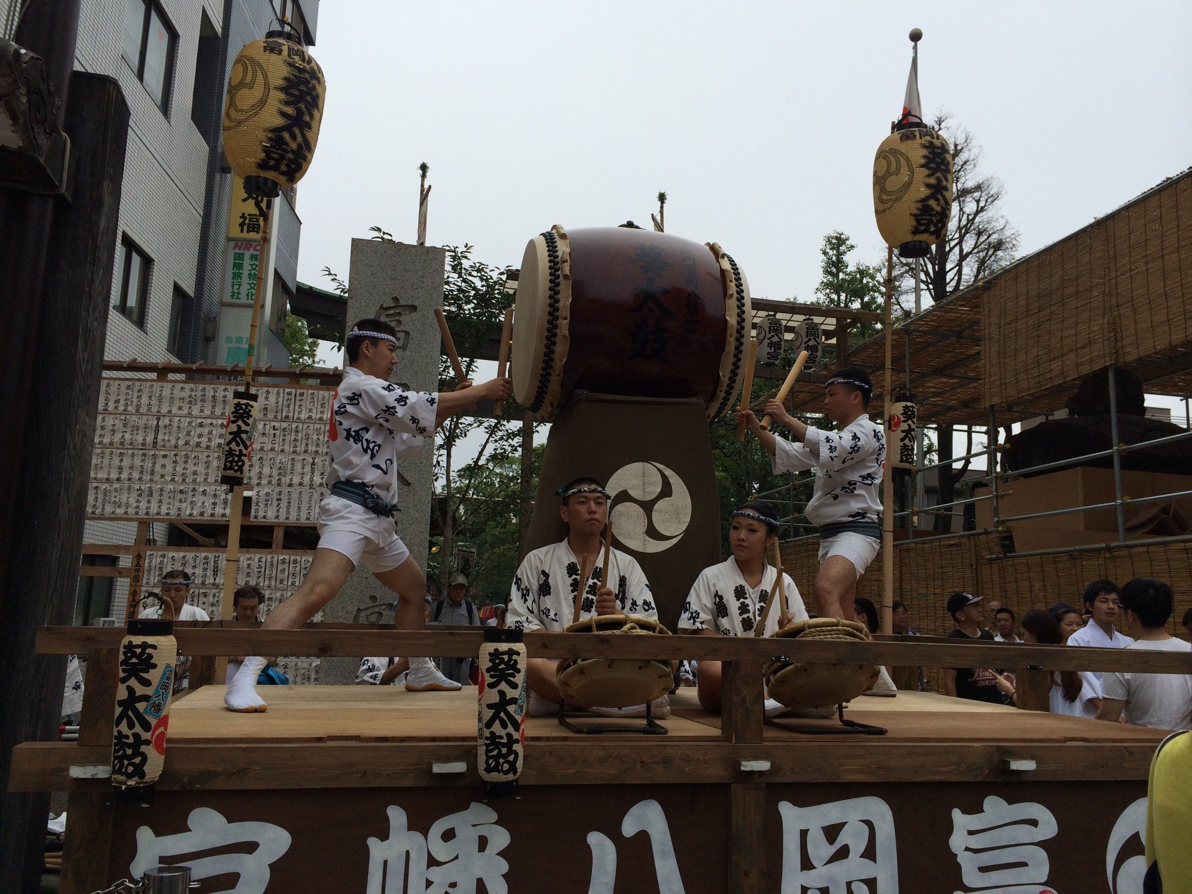 Taiko drummers at one of many stations along the festival route.