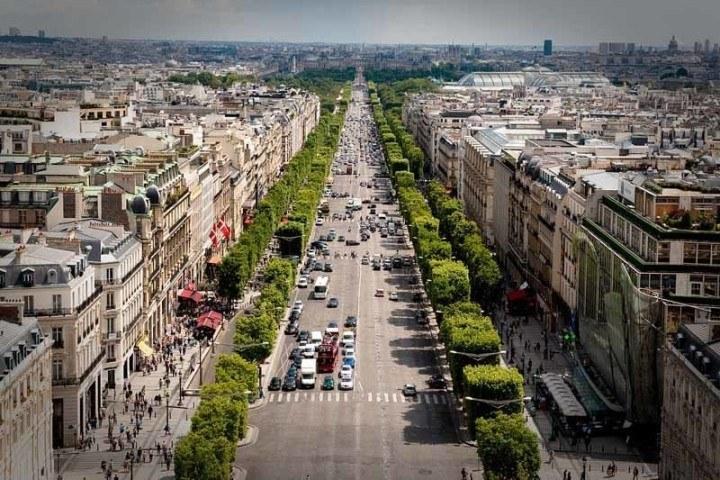 Aerial shot of Champs-Élysées street in Paris