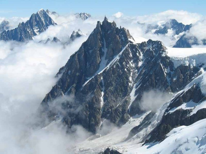 Jagged peaks in the heart of the European Alps