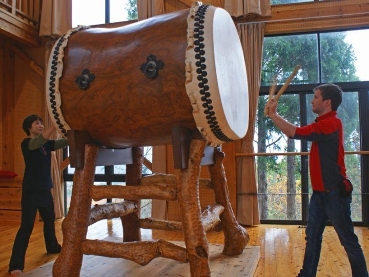 Taiko drumming, Sado Island