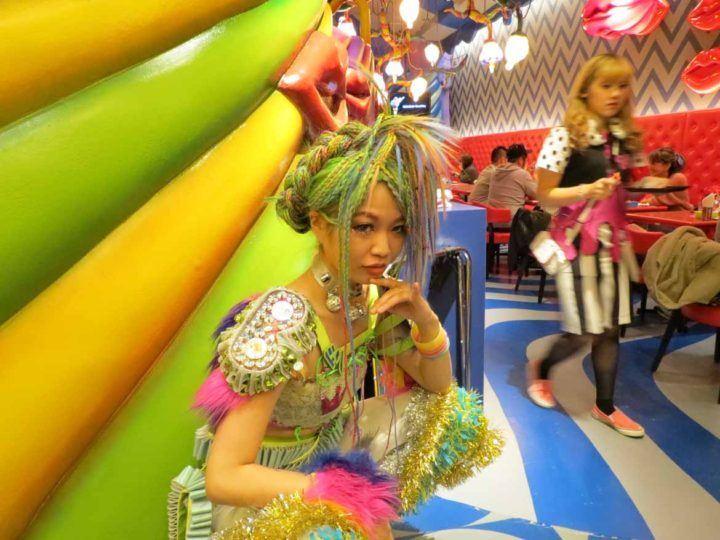 Kawaii monster cafe dancer