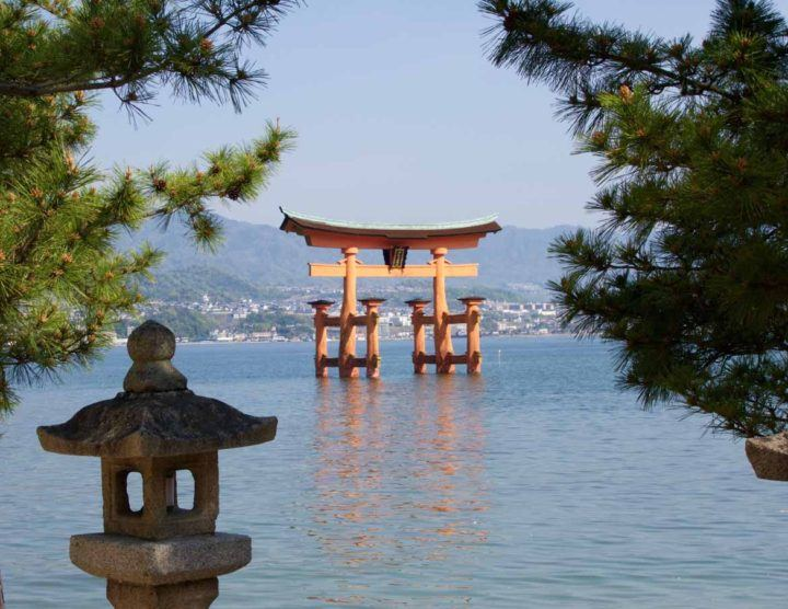 The floating torii gate of Miyajima