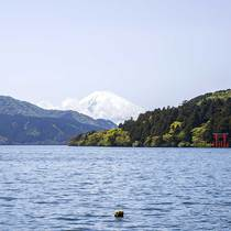Full day private guide and driver service via Mount Fuji to Hakone